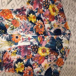 Women's Floral Shawl